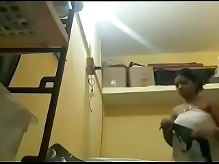 Tamil aunty with bigboobs recording herself when wearing black bra after bath